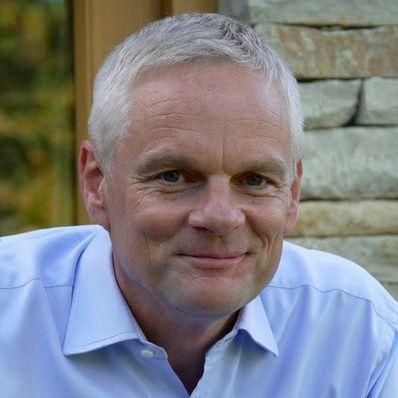 Dr Mark Thompson